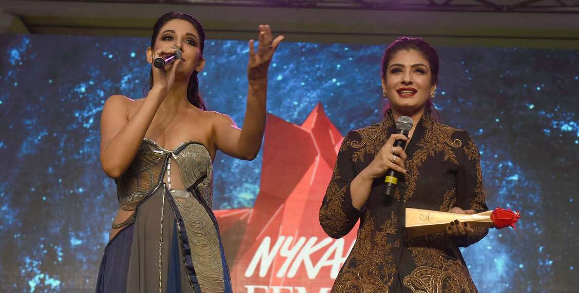 Monika Dogra and Raveena Tandon greet the audience