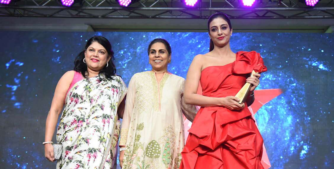 Falguni Nayar Founder & CEO, Nykaa.com, presented Tabu with the Creative Icon of the Decade award.