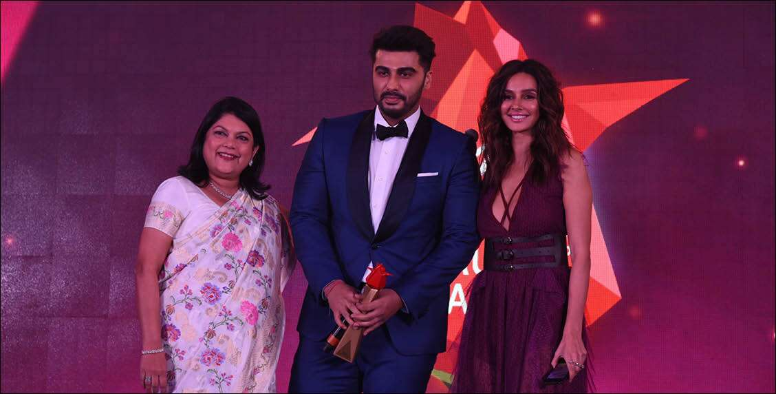 Falguni Nayar with Arjun Kapoor and host for the evening, Shibani Dandekar
