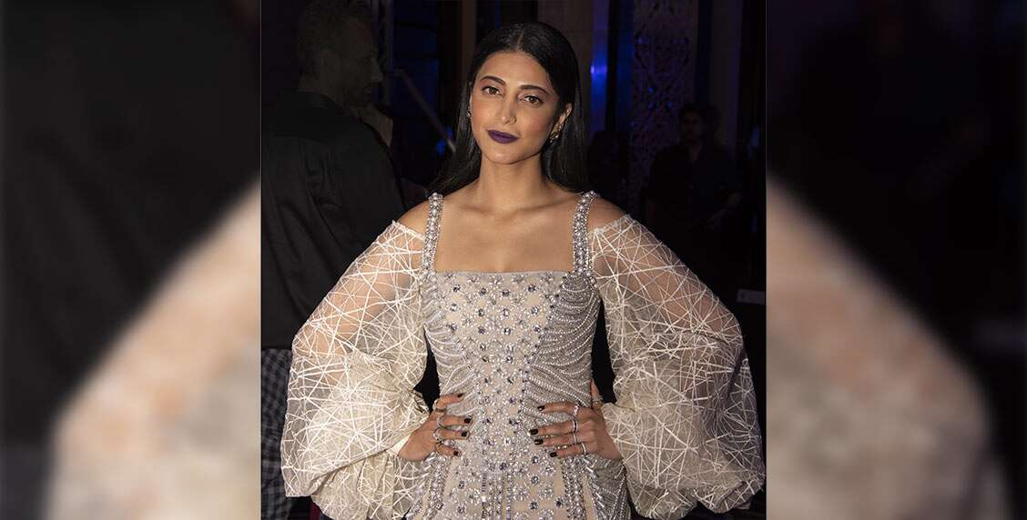 Shruti Hassan shows us the shimmery way to all things glam!