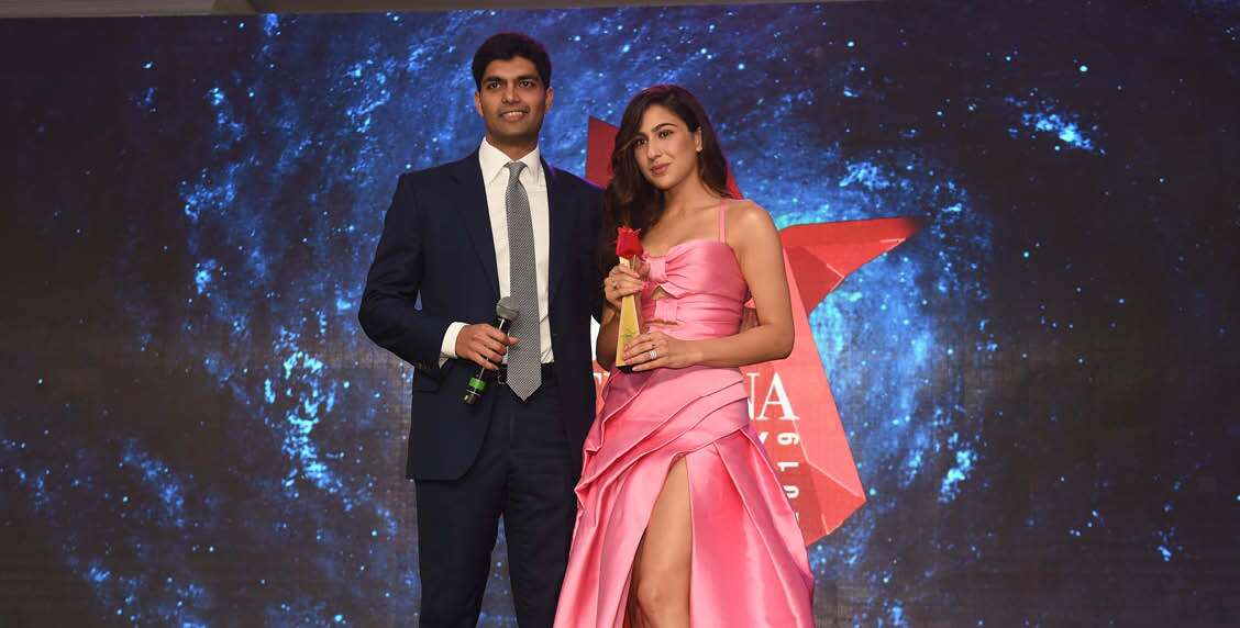SARA ALI KHAN RECEIVES THE FRESH FACE OF THE YEAR AWARD