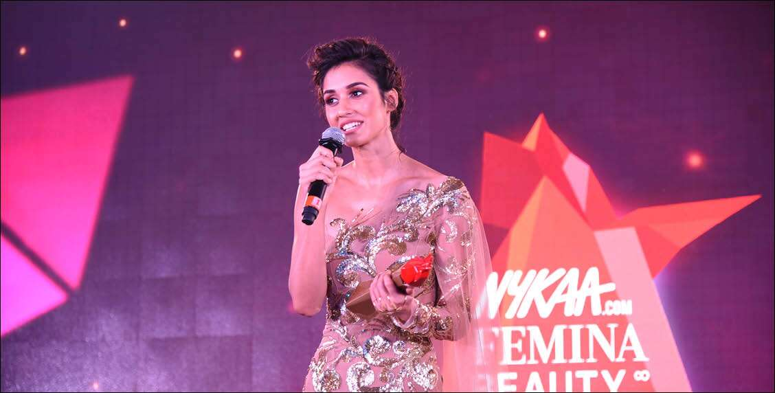 Disha Patani is all smiles while receiving her award