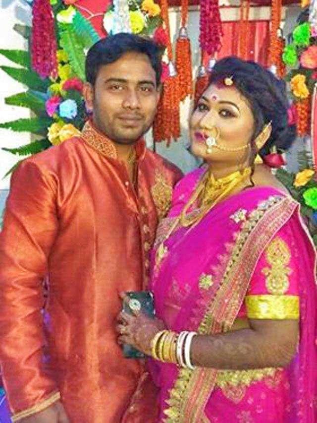 স্বামীর সঙ্গে মামমাম ওরফে প্রিয়া