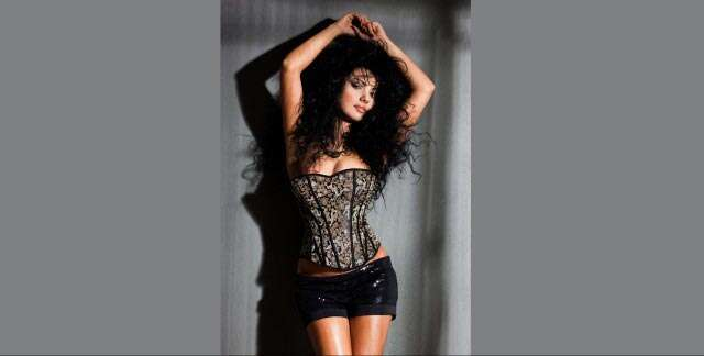 Heard about the corset diet? | femina