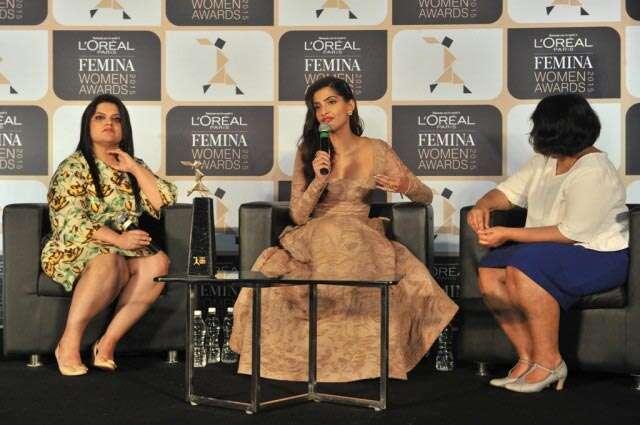 Sonam Kapoor Femina awards