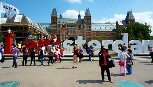 5 must-dos for solo women travellers in Amsterdam