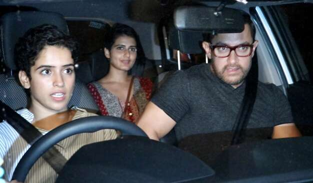 Aamir Khan go on a dinner date with Dangal co-stars