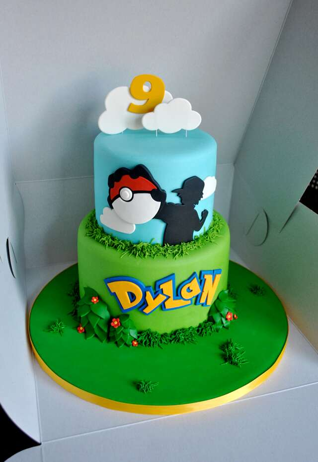 Charizard Cake Ideas