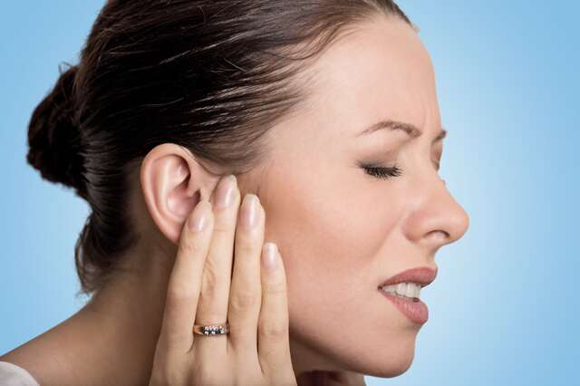 How to treat an earache at home