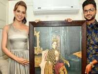 Pic: Kangana Ranaut's 24-carat gold portrait is fit for a queen