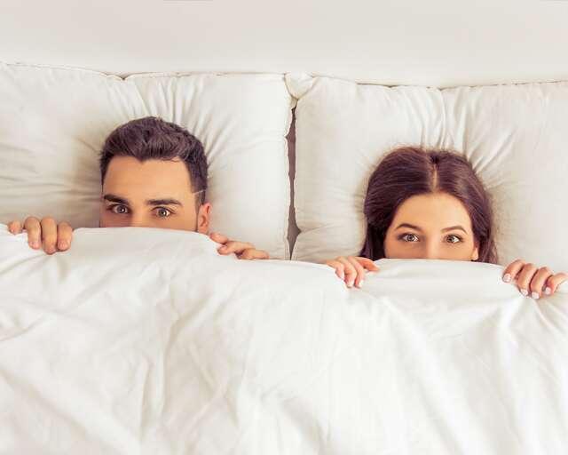 Why You Should Sleep In The Nude  Feminain-6730