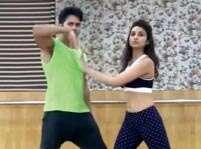 Watch: Varun-Parineeti's dance rehearsal video of 'Jaaneman Aah'