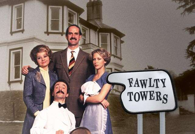 5 evergreen British sitcoms