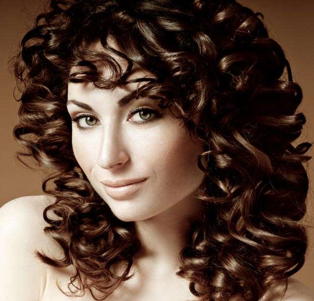 ways to style hair with bangs 3 ways to style curly bangs femina in 7622