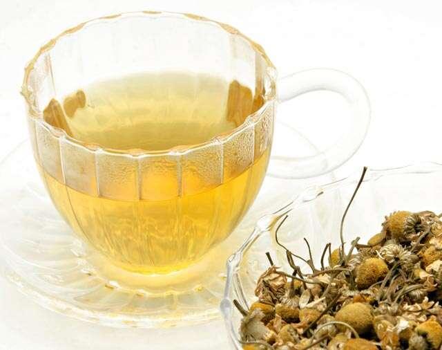4 health benefits of chamomile tea for women