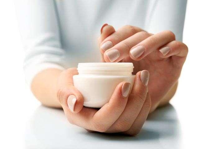 4 unusual uses of petroleum jelly