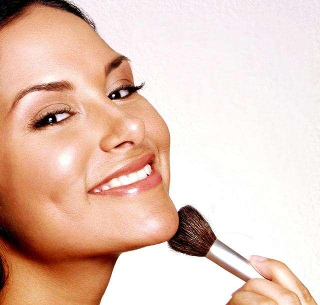 Genius makeup hacks to hide a double chin | Femina in