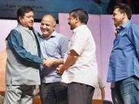 Shotgun's theatrics for Delhi audience: Aapka tha, hoon, aur aapka rahunga
