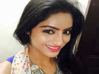 Deepika Singh aka Sandhya of Diya Aur Baati Hum makes ladoos on set