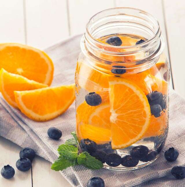 Orange, blueberry and mint detox water