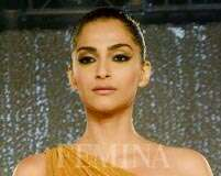 Golden goddess: Copy Sonam Kapoor's full-on glam look