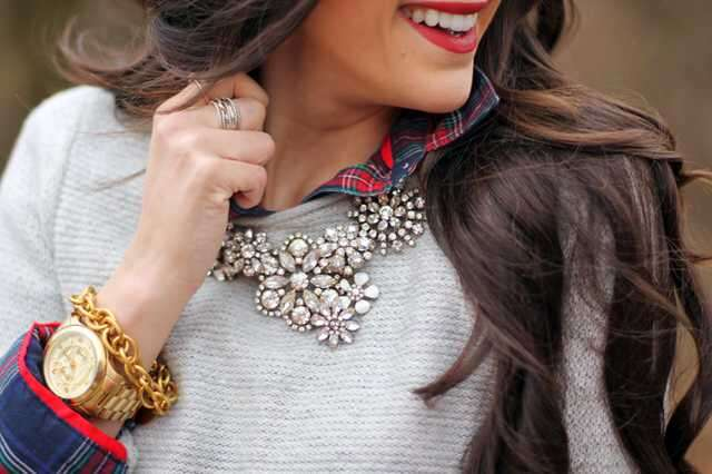 How to style jewellery during winter?