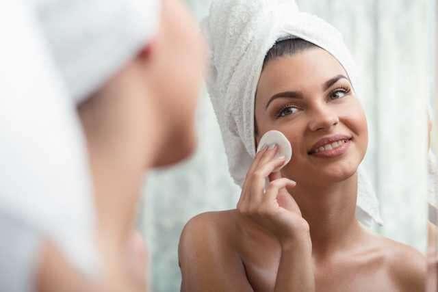 removing-makeup
