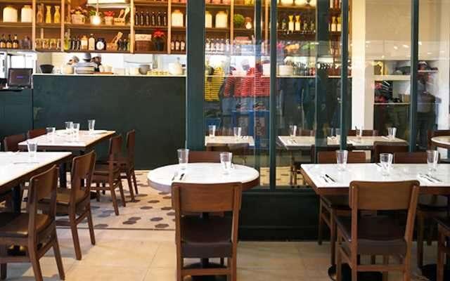 Interiors Andrea's Eatery