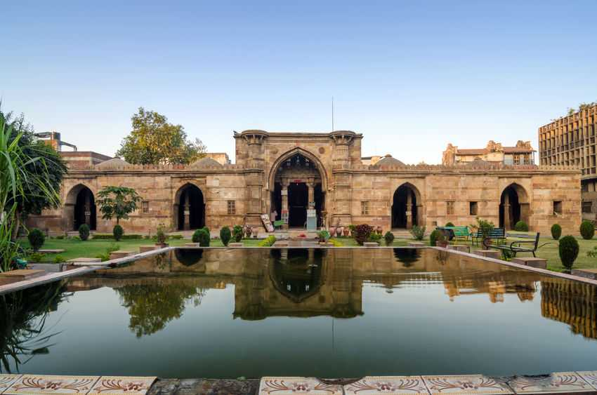 ancient-mosque-ahmedabad