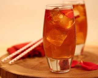 Turn your iced tea into an exotic summer drink