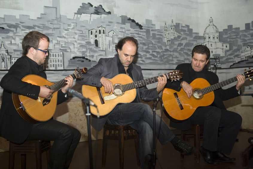 Fado musicians