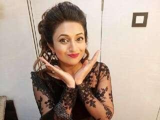 Divyanka first Indian TV star with 6 million followers