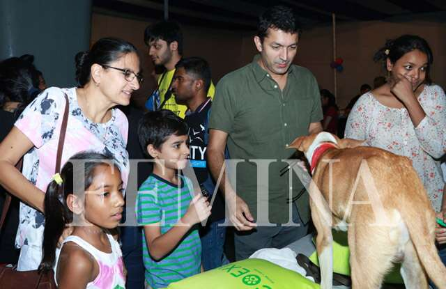 Kunal kohli with kids