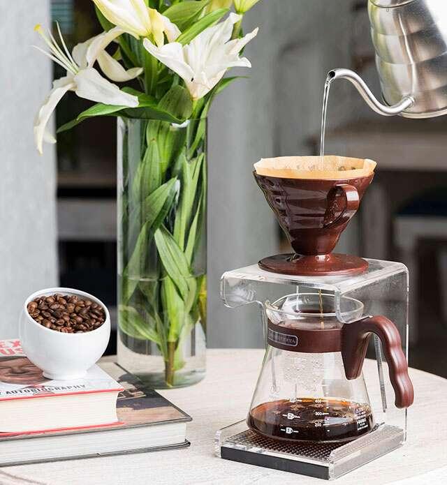 Pour Over - Cafe Tesu