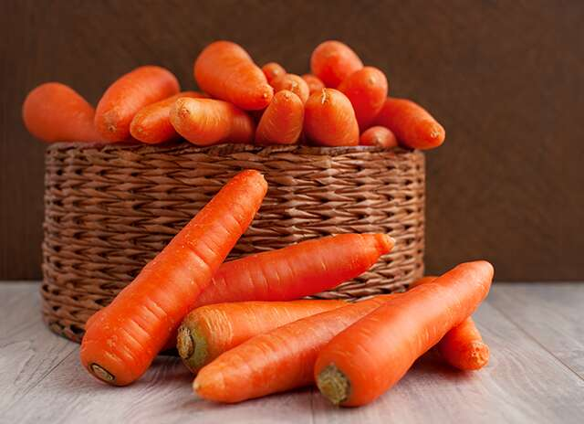 Carrot and honey mask