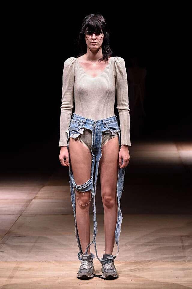 thong-jeans-thibaut-amazon-fashion-week-tokyo-bizarre-fashion-trends-2017
