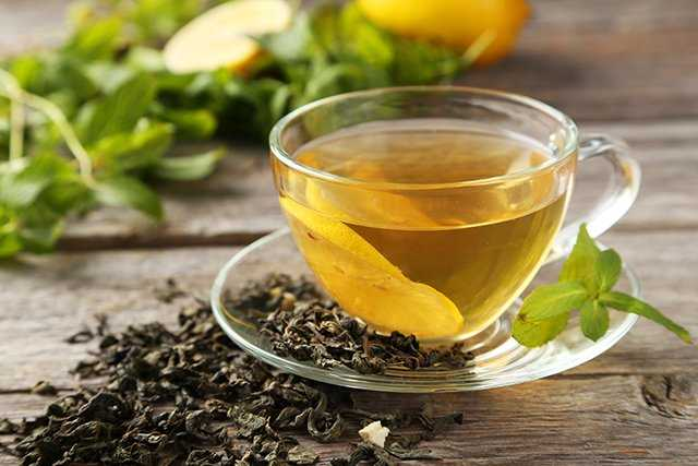 Home Remedies for Dandruff - Green Tea