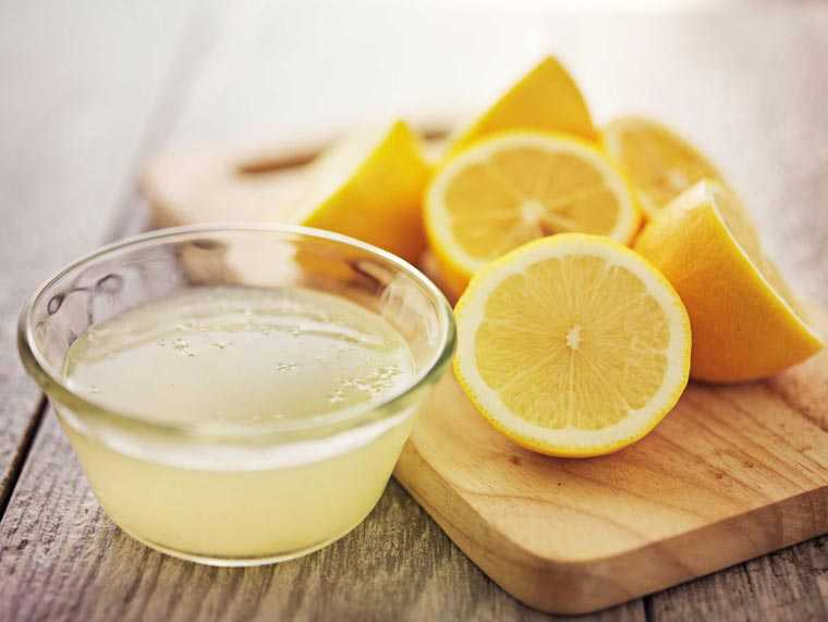 Home Remedies for Dandruff - Lemon Juice