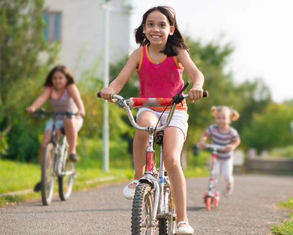 Simple ways to get your kids to be physically active