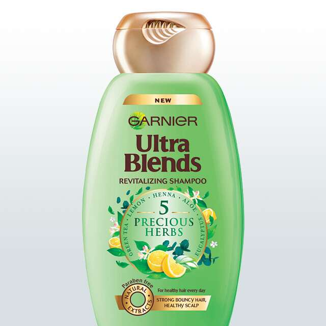 Garnier Ultra Blends 5 Precious Herbs Revitalizing Shampoo
