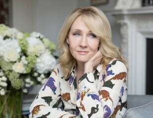 J.K. Rowling inspires writers with her tweets