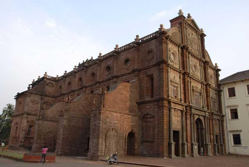 Basilica-de Bom-Jesus-Goa