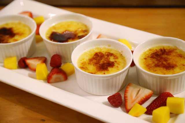 Lemon crème brulee