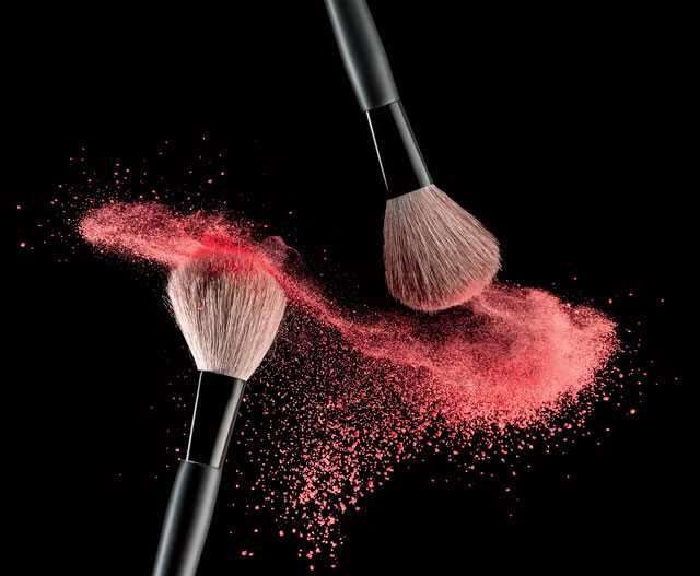 Synthetic versus natural bristles
