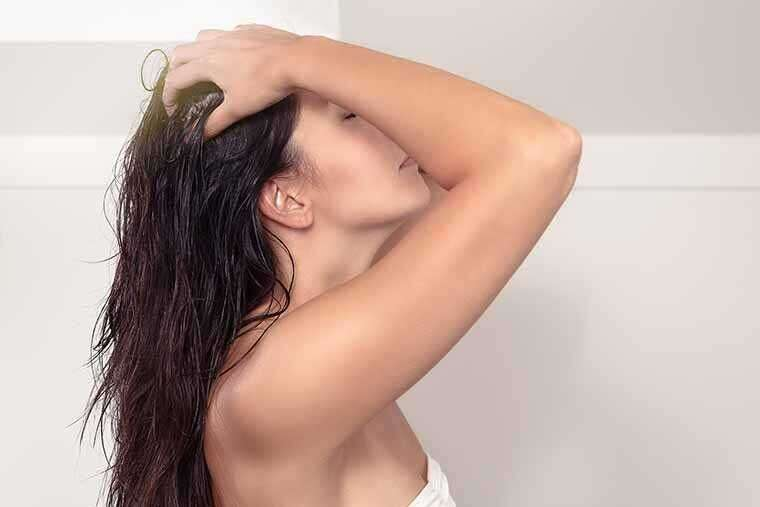 Homemade beauty tips of Hair mask for frizzy hair