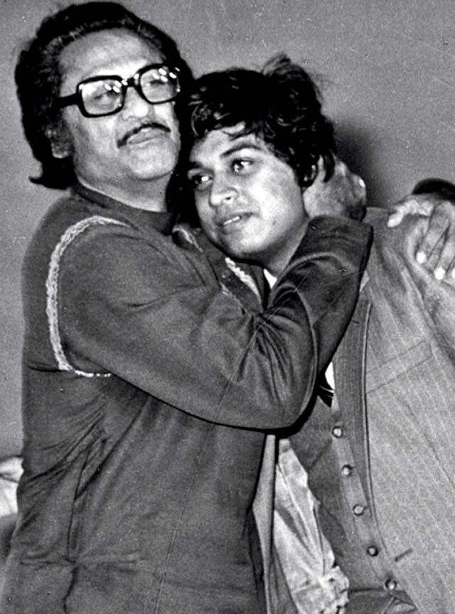 Kishore Kumar with son, singer amit kumar