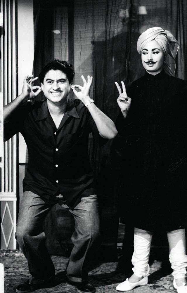 Kishore Kumar with actor Meena Kumari