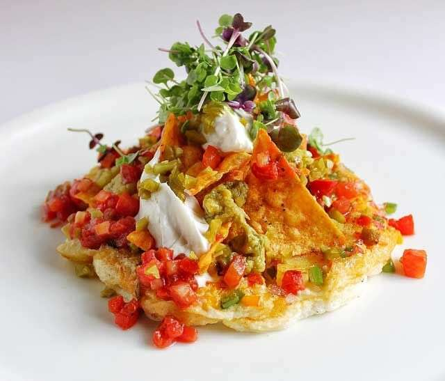 Spanish omelette with nachos