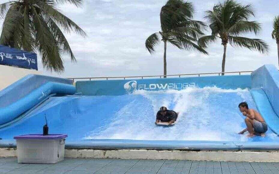 FlowRider-Wave House Sentosa