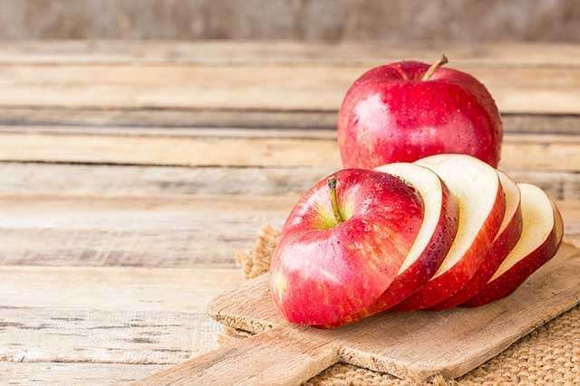 Benefits of Apple for the Skin - keeps your skin supple
